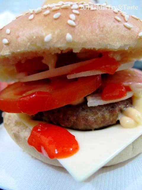 Just Try & Taste: Beef Cheese Burger