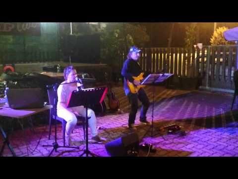 La nostra relazione Vasco Rossi - Arianna Vitale acoustic cover live