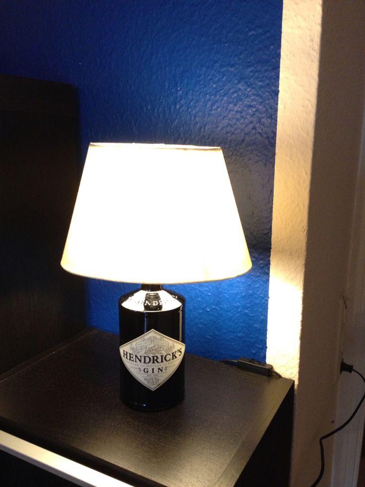 Hendricks Gin Lampe Diy Selbstgebastelt Leere Gin Lampe Dremel Und Gaaaanz Dremel Gaaaanz Hendricks Lampe Leere Selbstgebas Lamp Table Lamp Diy