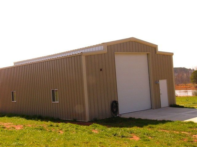 Metal Building With A Raised Center Roof For Rv Storage