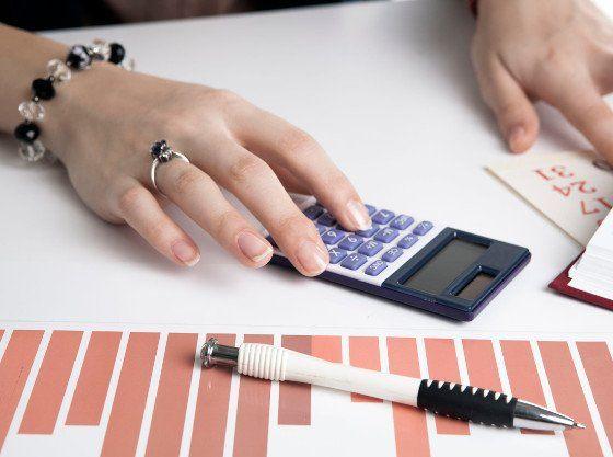 Roční vyúčtování nákladů a záloh je tady. Pomůžeme vám se v nich správně orientovat | Foto: 123rf.com