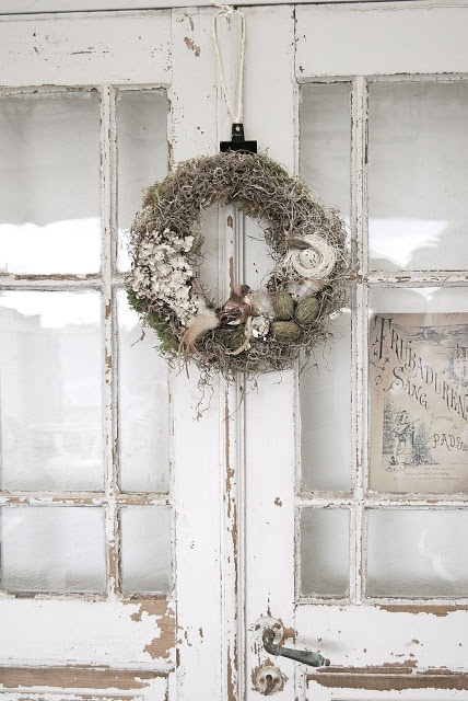 Instantly captivating, deeply beautiful rustic, wilderness inspired holiday wreath decor. #wreath #Christmas #rustic #country #beautiful #decor #decorations #shabby #chic