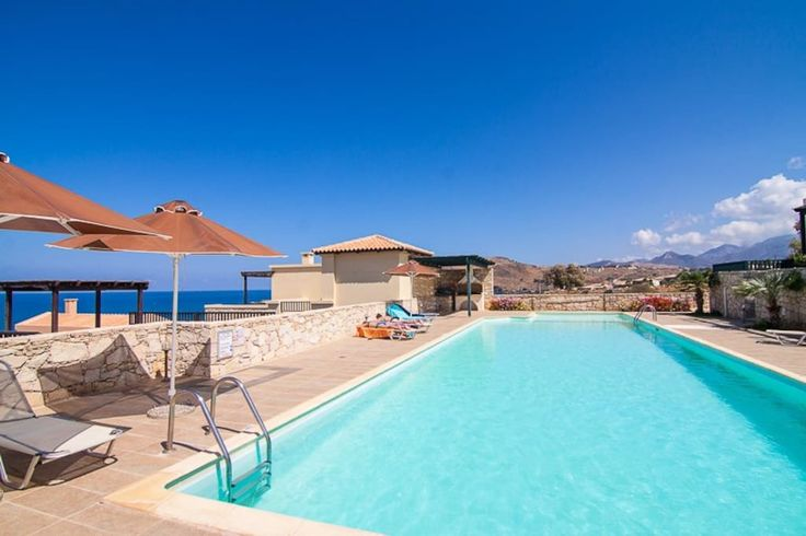 Lili Sea Front House 7, pool&garden - Houses for Rent in Rethimnon