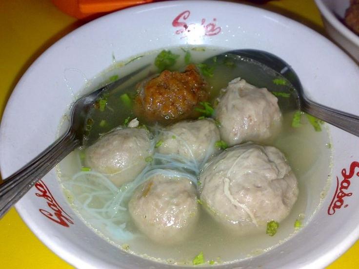 Bakso (meat ball soup)