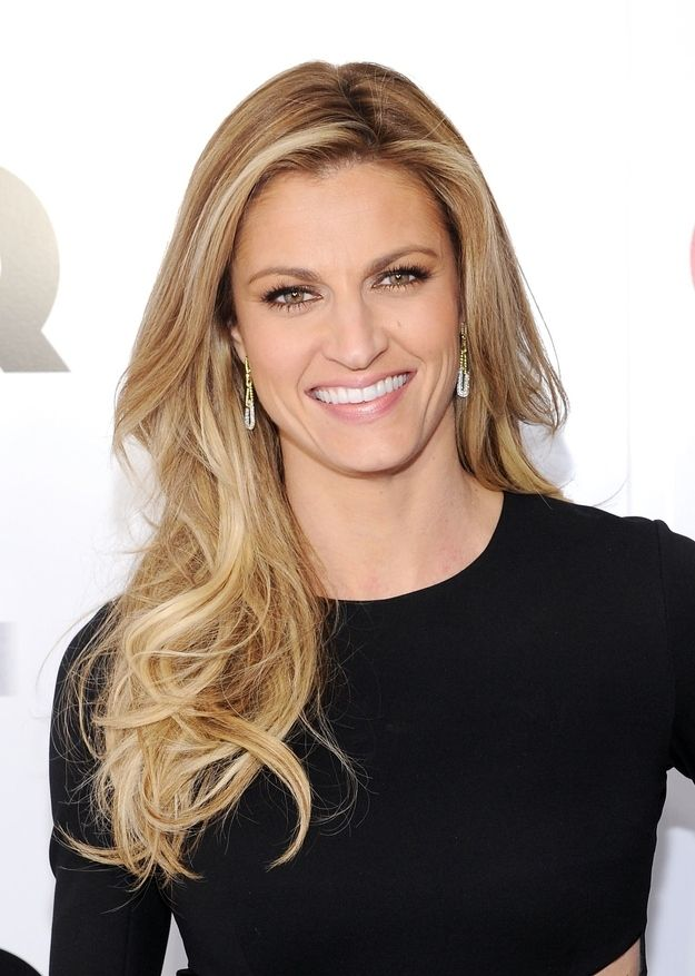Erin Andrews | 38 Celebrities Who Were Sorority Girls - (b 05/04/1978 Lewiston, Maine)
