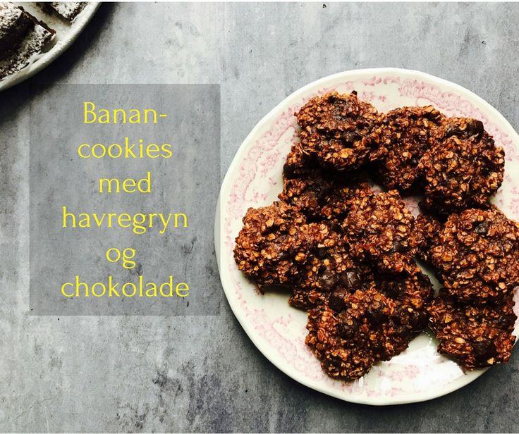 Banan cookies med havregryn er din genvej til sunde cookies. Vidste du, at du kan lave cookies af bare banan og havregryn? Her er de i en chokoladeversion.