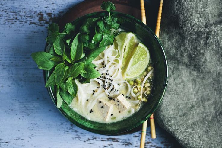 rice noodle soup with tofu and lemongrass