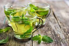 Is muntthee gezond? Ja zeker! Gemaakt met verse muntbladeren heeft muntthee veel voordelen. Hier 10 goede redenen om vaker muntthee te drinken.