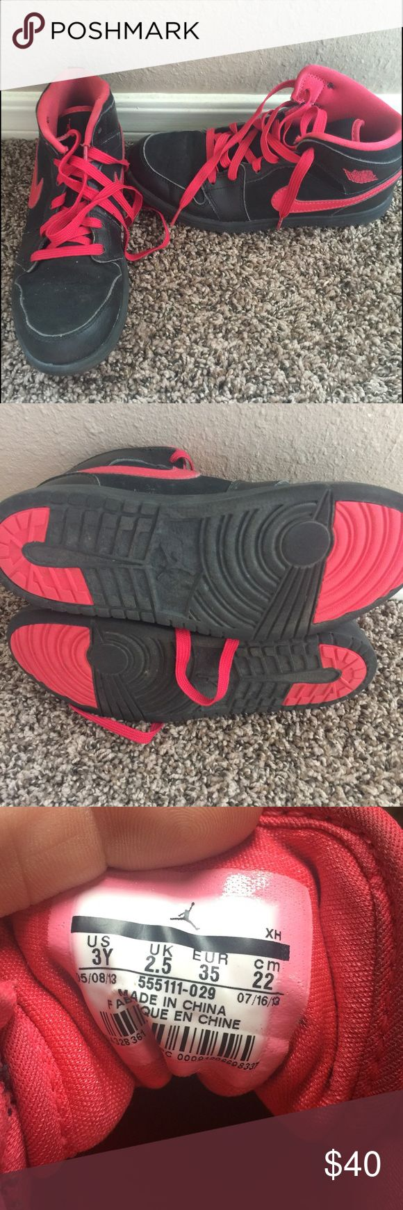 Boy's Air Jordan Shoes These boy's Air Jordan's have very little use. Great condition. Only flaw is the tip of one of the shoe strings is bent slightly. Size 3 Nike Shoes Sneakers