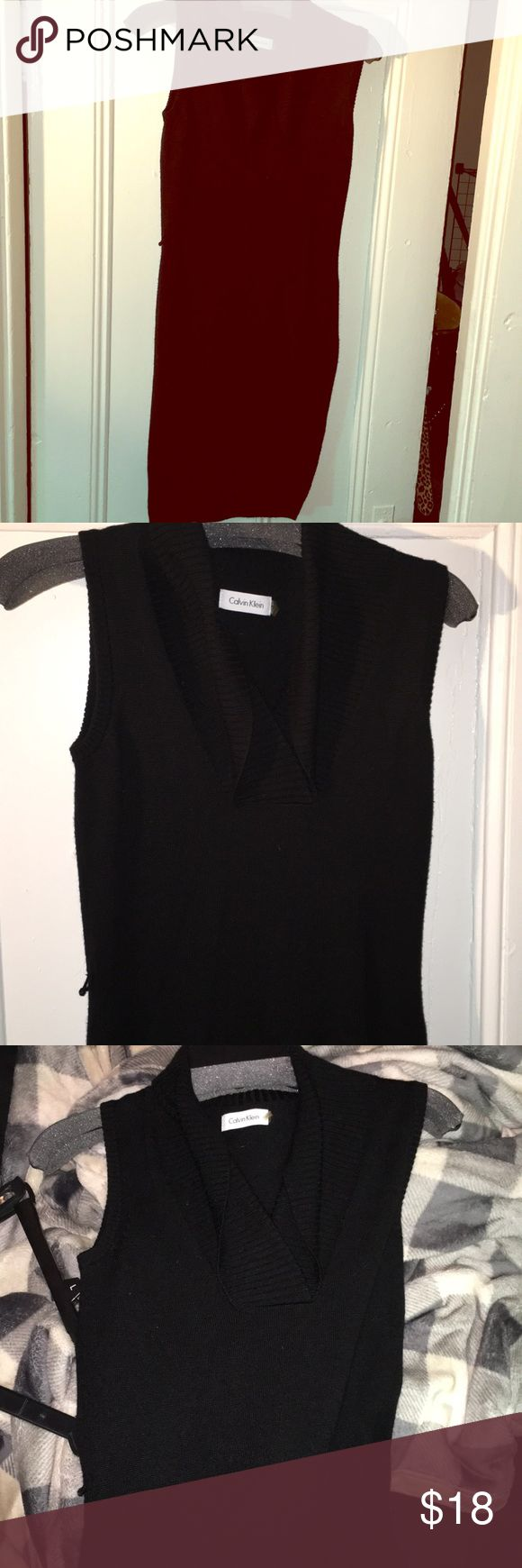 Black Calvin Klein Size XS Cowl Neck Sweater Dress Missing the belt but can easily find one to match that's cute on Amazon or something! XS but runs big. Very warm and comfortable for winter. Can wear a long sleeve shirt underneath. Still in excellent condition. Comes from a smoke free pet free home, feel free to make an offer 🙃 Calvin Klein Dresses