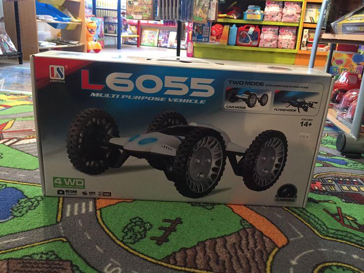 Un Drône AWD OUI!! Ayez le meilleur des 2 mondes, il fait beau, on sort le drône, il vente trop fort, on met les roues et hop, voiture télécommandée 4WD! Trop Cool, seulement 159.99$! @Boitesurprises #Drone #stsauveur #4WD #Jouet www.laboiteasurprises.ca 450-240-0007