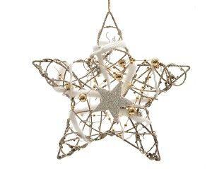 www.kersttotaal.nl Bij een rustieke kerst hoort deze rattan kerstster voor in de kerstboom