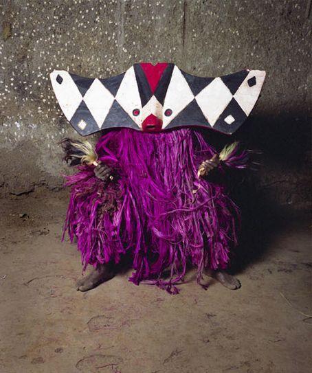 anachoretique:  Masks from Burkino Faso photographed by Jean-Claude Moschetti