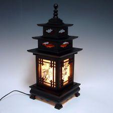 Wood Shade Asian Pagoda Lantern Bedside Home Accent Decor Desk Table Retro Lamp