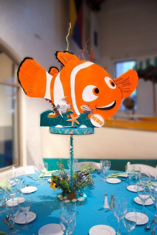 112 best finding nemo party ideas images on pinterest for Nemo decorations
