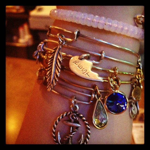 because you're never too old for friendship bracelets....#AlexandAni