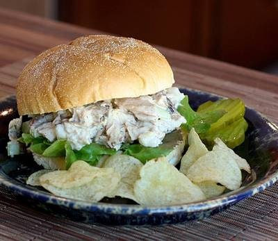 Good ol' Turkey Salad Sandwich! This is what I want!