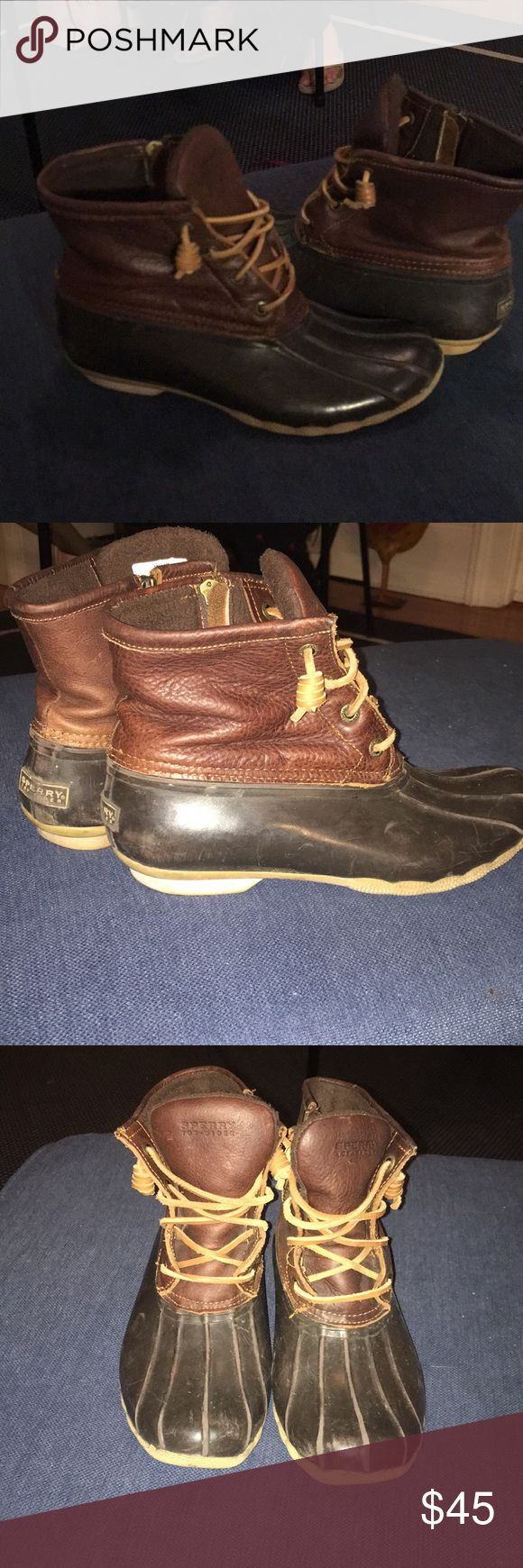 Sperry Women's Saltwater Duck Boot Women's Size 7 Sperry Duck Boots for sale! They have obviously been worn, with a couple of scratches on them (as you can see in the pictures). Great waterproof shoes! Let me know if you have any questions! Sperry Shoes Winter & Rain Boots