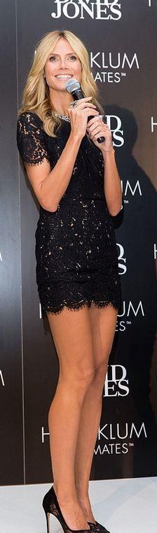 Who made  Heidi Klum's black scallop lace dress?