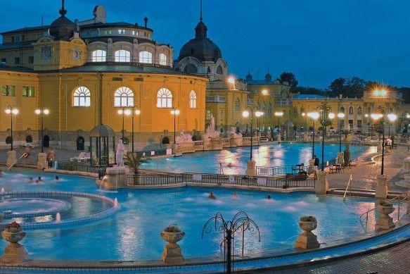 Széchenyi by night: Places Travel, Budapest Bath, Bath Houses, Szechenyi Bath, Turkish Bath, Thermal Bath, Budapest Thermal, Széchenyi Bath, Budapest Hungary Bath
