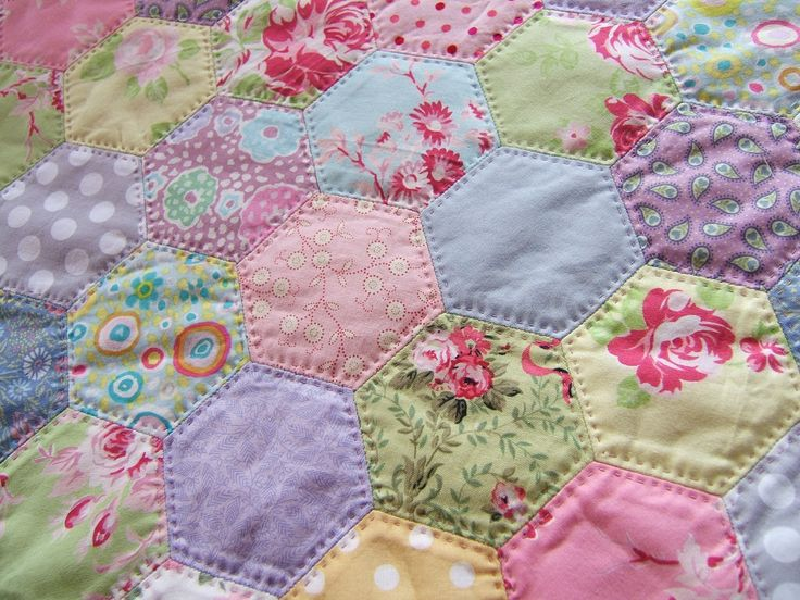 hexies quilt... Love how this is hand quilted!