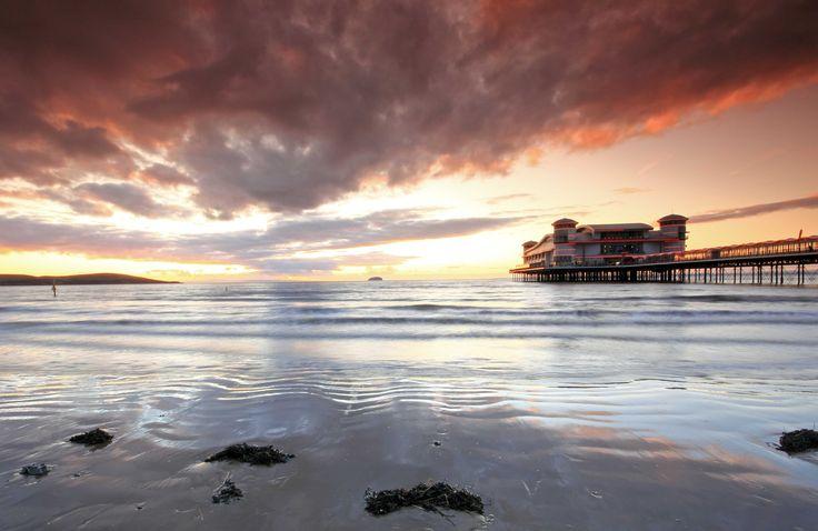 Lovely sunset across Weston Super Mare