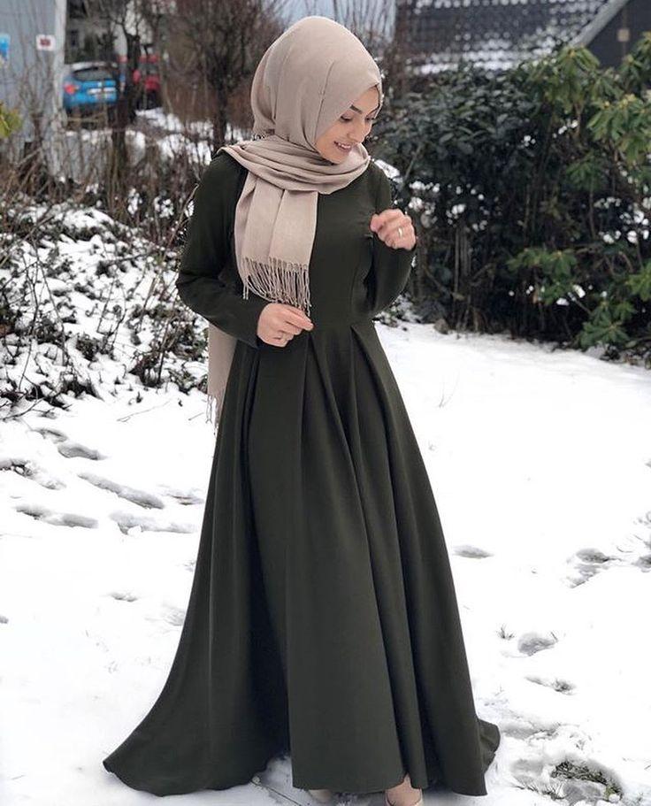 "Ziya Zaren Magazine on Instagram: ""The beautiful @emiixxo @emiixxo @emiixxo ❤️❤️❤️❤️❤️❤️❤️❤️ . . #hijab #modesty #model #modest #love #hijabvideo #womenwant #photooftheday…"""