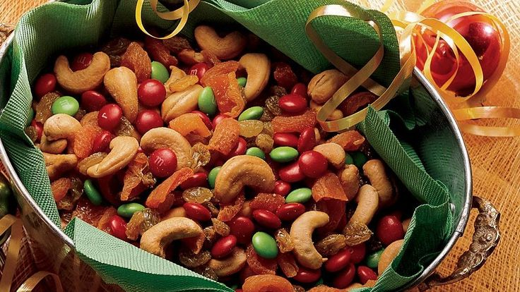 How can you miss with a snack that mixes favorite candies, dried fruits and nuts?