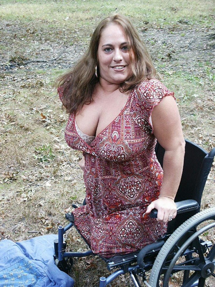 Fat leg amputee women masturbates with a toy - 2 part 7