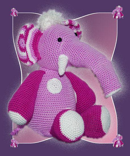 Koop 'pink elephant/ roze olifant voor kinderkamer' van CreaBrig Fotografie voor aan de muur.