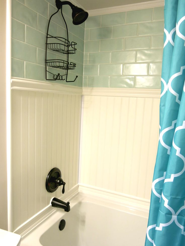 Plastpro veranda vinyl planking shower surround, PVC wainscoting, plastic beadboard, bathroom ideas, waterproof crown molding, oil rubbed bronze shower fixtures, subway tiles