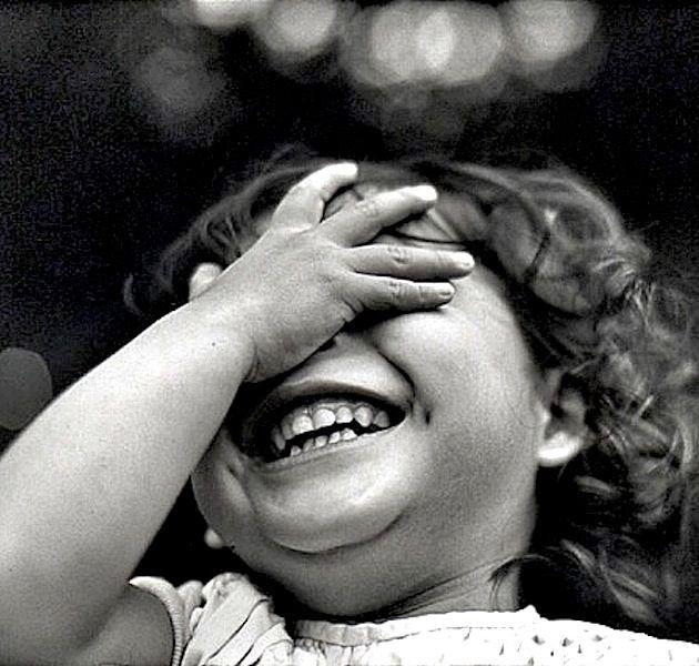 следует учитывать, картинки смеющихся до слез сможете найти