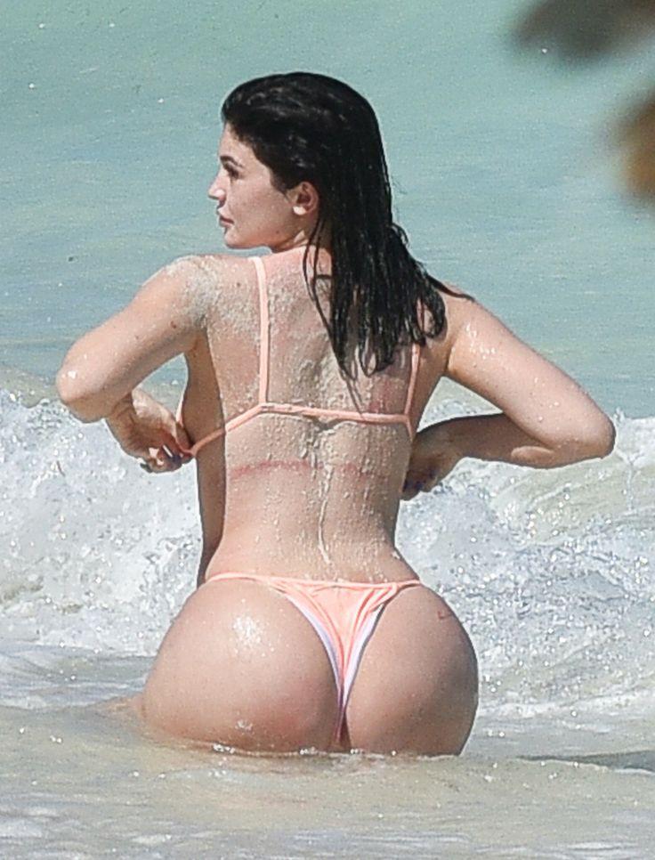 Kylie Jenner 8/12/16
