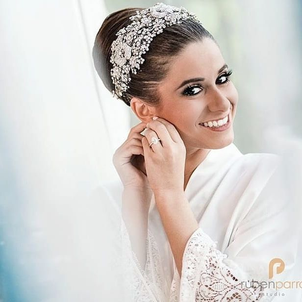 Panamanian Stunner Bride Shella In Her Custom Designed Bridal Headpiece Glam Brideto Bride Hair Accessories Bridal Styles Boutique Wedding Hair And Makeup
