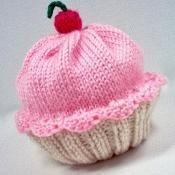 Cupcake Hat - via @Craftsy