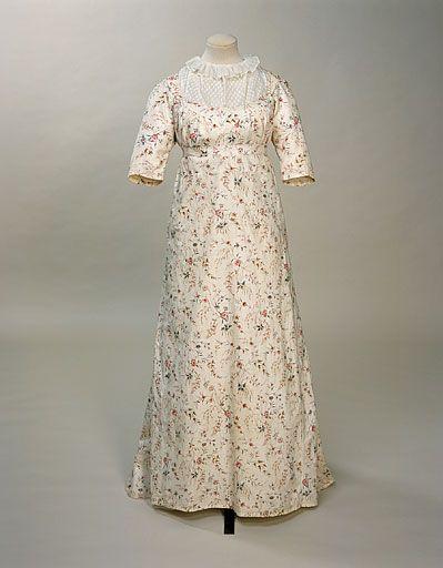 Dress 1795-1800 Manchester City Galleries