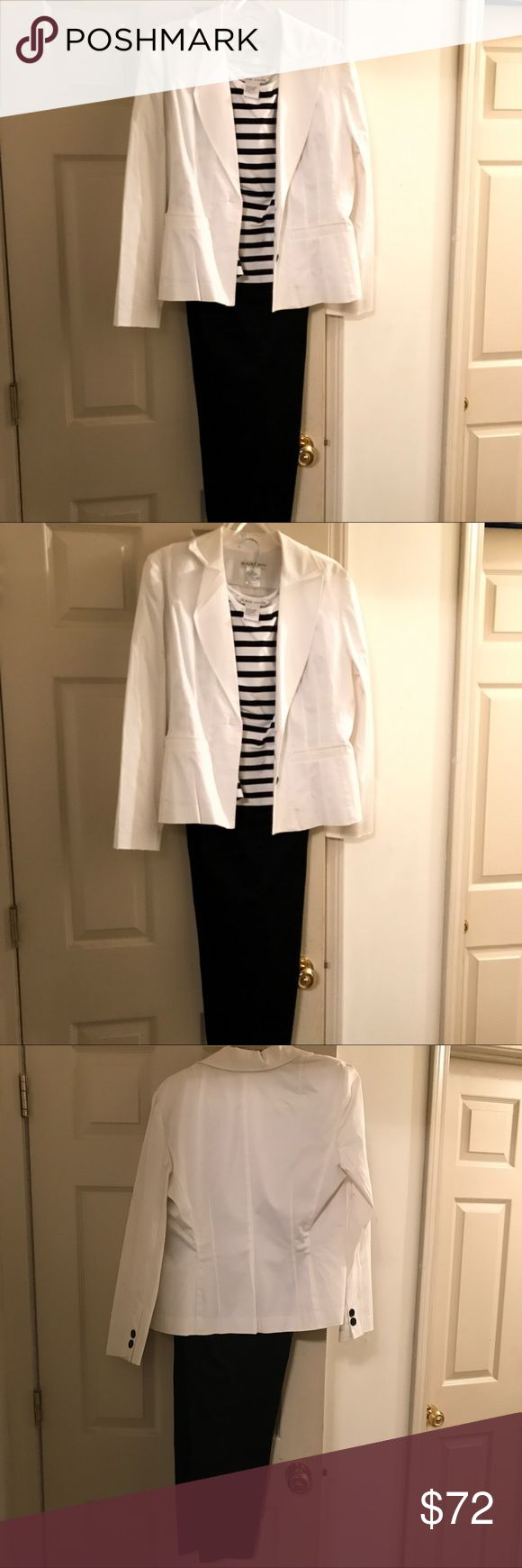 Women's pant suit black/white. Size 10 New never worn!  Women's Black and white pantsuit.  Size 10 Plaza South Other