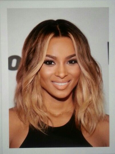 Ciara short light brown hair
