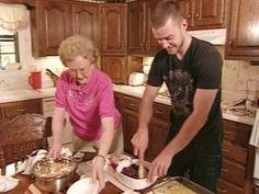 Justin Timberlake's Granny Sadie's Blueberry Crunch Cake Recipe