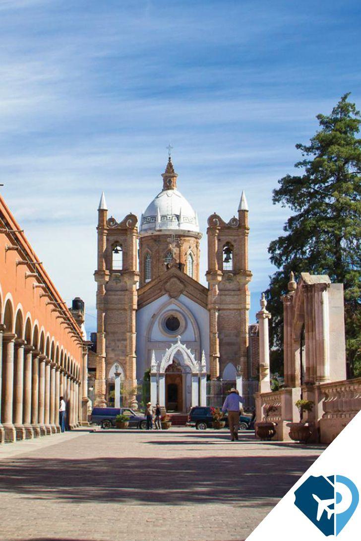Lánzate al sur de Zacatecas y descubre este Pueblo Mágico donde, según la tradición, se fundó la primera Guadalajara y que hoy invita a recorrer sus múltiples espacios de acento colonial. Nochistlan.