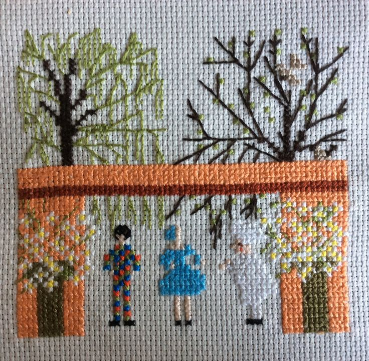 my work, haandarbejdetsfremme cross stitch. danish stitch.