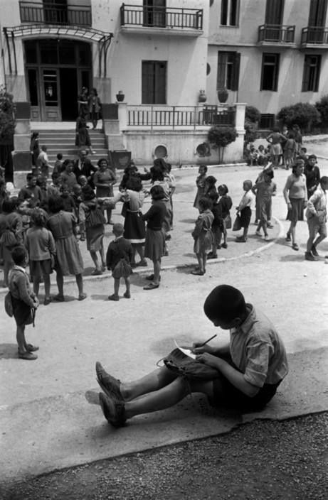 David Seymour.παιδιά σε παιδούπολη 1948