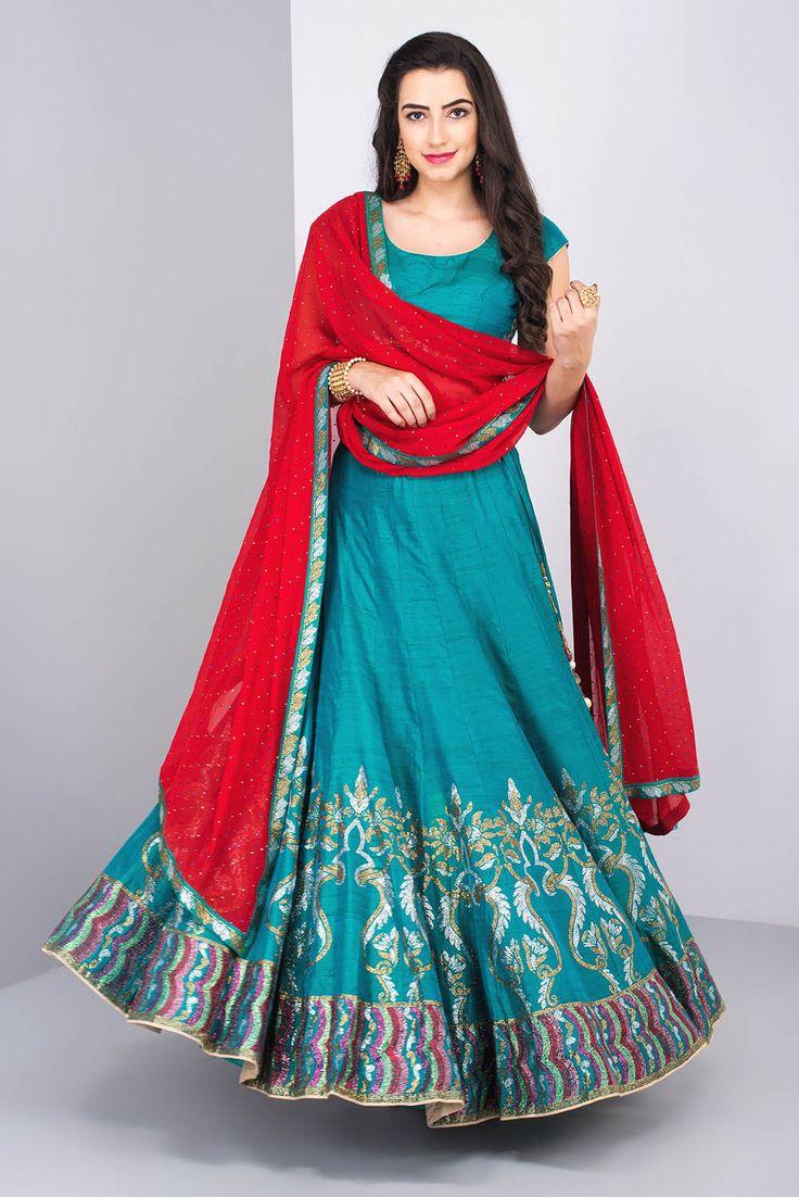 70 best Bridal Mehendi Outfit Indian Weddings images on Pinterest ...