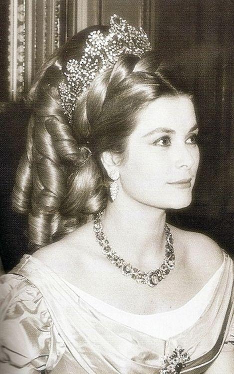 Princess Grace…….THE U.S. LOST A GEM WHEN GRACE MARRIED RAINIER………BUT, MONACO GAINED A TREASURE…………..ccp