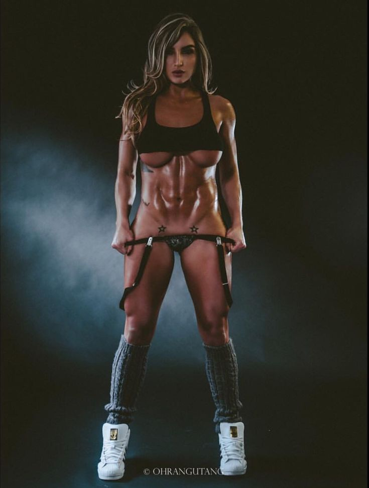 sexy naked bodybuilder chicks