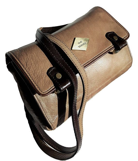 Vintage The TREND Italy genuine buttery soft Leather Tan Taupe Mahogany Brown Organizer Crossbody retro hipster travel explorer purse