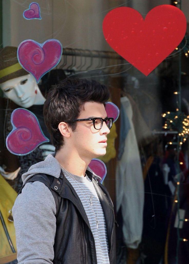 17 Best images about joe Jonas on Pinterest | Bow ties ...