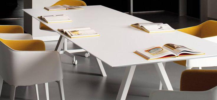 Mooie vergadertafel : Pedrali Arki table
