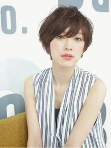 Cute Japanese Short Hairstyle Girls 20-Pretty-Short-Asia