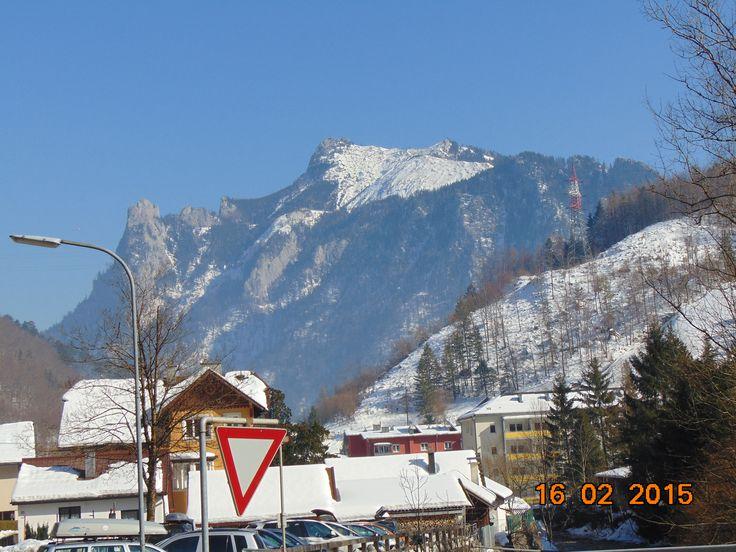 Sieht aus wie ein Skigebiet in Tirol ...